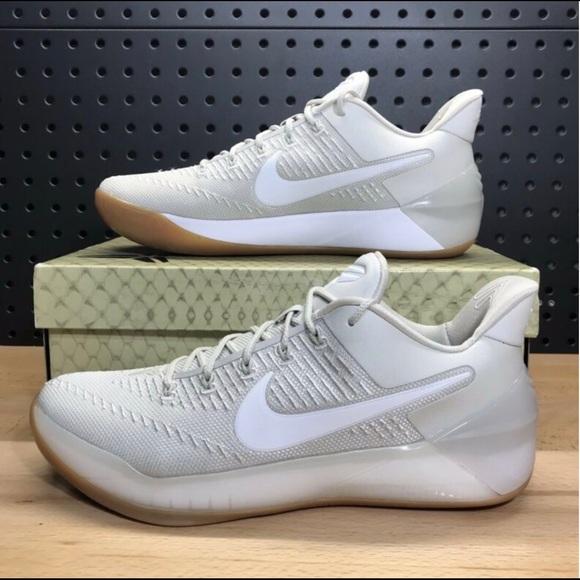 3b091d69edc NWB Nike Kobe A.D basketball shoes 852425-011 NWT